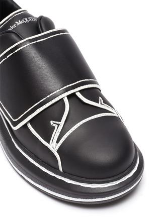 细节 - 点击放大 - ALEXANDER MCQUEEN - 儿童款拼色围边真皮厚底运动鞋