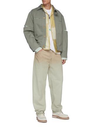 模特儿示范图 - 点击放大 - JACQUEMUS - 渐变水洗有机棉牛仔裤