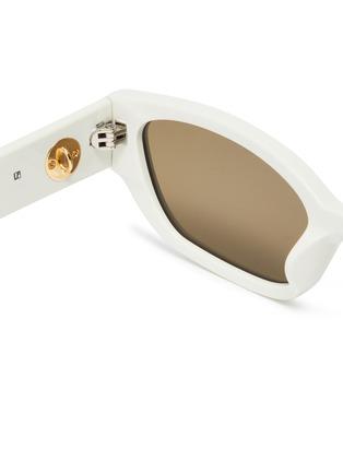 细节 - 点击放大 - Magda Butrym - x Linda Farrow仿水晶链条点缀板材猫眼太阳眼镜