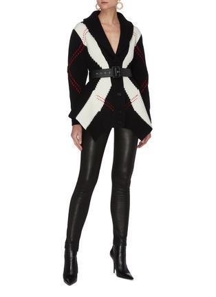 模特儿示范图 - 点击放大 - ALEXANDER MCQUEEN - 拼色几何图案混羊毛针织开衫