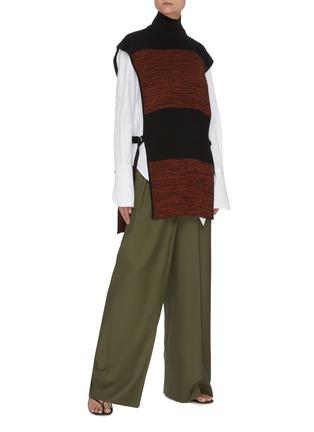 模特儿示范图 - 点击放大 - PETAR PETROV - Nais拼色高领搭带真丝无袖针织上衣