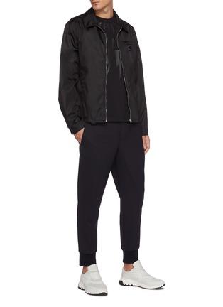 模特儿示范图 - 点击放大 - NEIL BARRETT - 低腰修身混初剪羊毛长裤