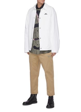 模特儿示范图 - 点击放大 - OAMC - 腰带纯棉露踝裤