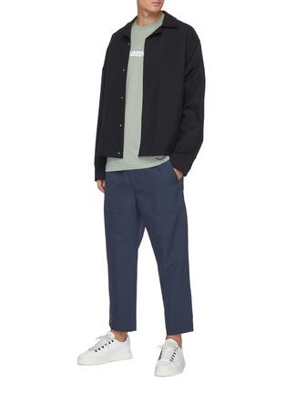 模特儿示范图 - 点击放大 - OAMC - 抽绳裤腰露踝裤