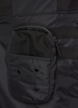 - MC Q - 搭扣拉链拼贴口袋长裤