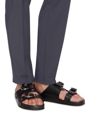 模特儿示范图 - 点击放大 - PIERRE HARDY - 双层搭带真皮凉鞋