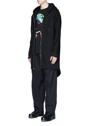 模特示范图 - 点击放大 - MARCELO BURLON - ANTISANA品牌标志刺绣休闲裤