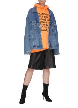 模特儿示范图 - 点击放大 - BALENCIAGA - 多语言品牌名称水洗纯棉牛仔夹克