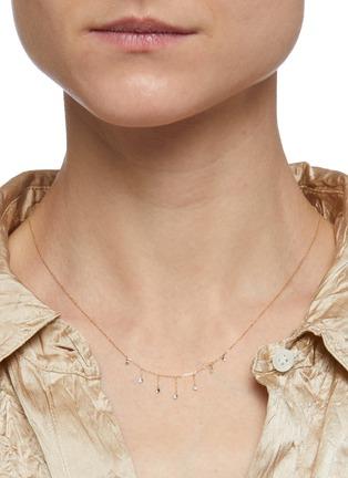 模特儿示范图 - 点击放大 - PERSÉE PARIS - Danae钻石点缀18k黄金吊坠项链