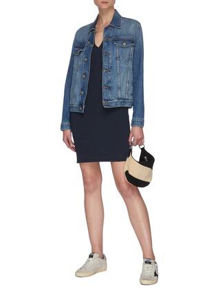 模特儿示范图 - 点击放大 - FRAME DENIM - V领有机皮马棉连衣裙