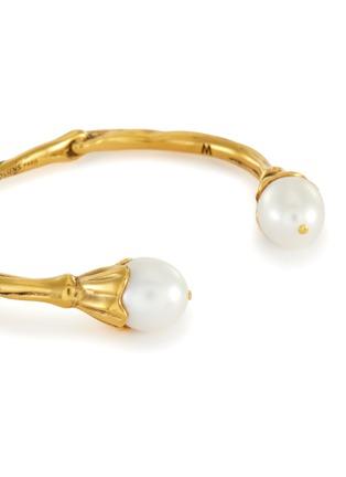细节 - 点击放大 - GOOSSENS - 人造珍珠点缀开口圆环造型金属手镯