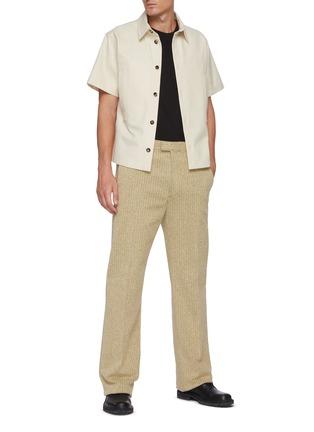 模特儿示范图 - 点击放大 - BOTTEGA VENETA - 拼色人字纹混棉长裤