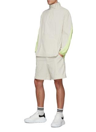 模特儿示范图 - 点击放大 - Y-3 - M CLASSIC LIGHT SHELL拼色半开襟夹克