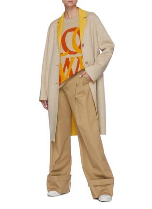 模特儿示范图 - 点击放大 - LOEWE - ANAGRAM LOGO钮扣拼色混羊毛大衣