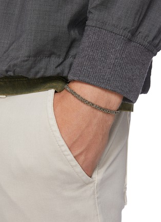 模特儿示范图 - 点击放大 - EMANUELE BICOCCHI - 编织链条造型纯银手链