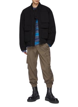 模特儿示范图 - 点击放大 - WOOYOUNGMI - 拼色条纹宽松圆领毛衣