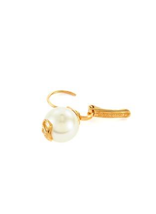 细节 - 点击放大 - VALENTINO - VALENTINO GARAVANI人造珍珠点缀VLOGO金属吊坠耳环
