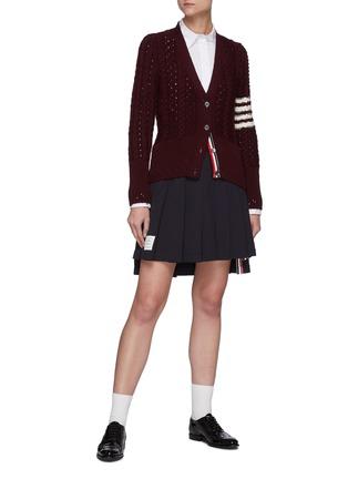 模特儿示范图 - 点击放大 - THOM BROWNE - 拼色条纹前短后长百褶纯棉半裙