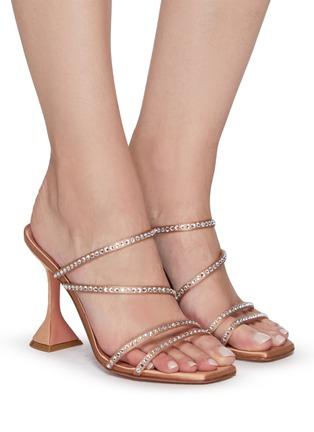 模特儿示范图 - 点击放大 - AMINA MUADDI - NAMIA仿水晶点缀搭带几何鞋跟凉鞋