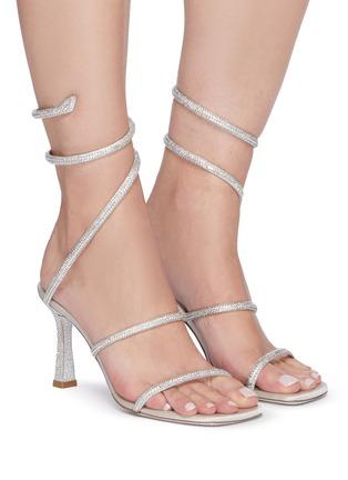 模特儿示范图 - 点击放大 - RENÉ CAOVILLA - CLEO仿水晶点缀绕踝式缎面高跟凉鞋