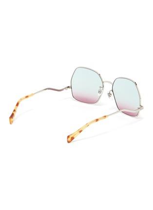 模特儿示范图 - 点击放大 - GUCCI - 波浪造型金属太阳眼镜