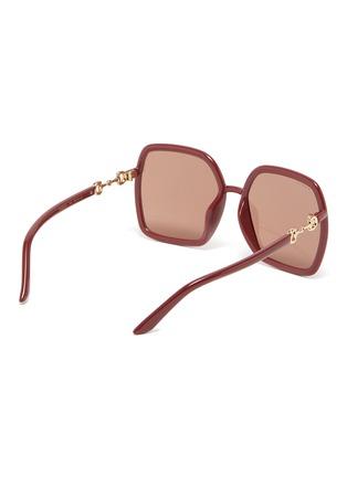模特儿示范图 - 点击放大 - GUCCI - 马衔扣缀饰OVERSIZE板材方框太阳眼镜