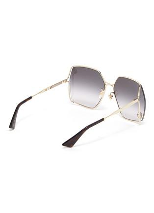 模特儿示范图 - 点击放大 - GUCCI - 镂空几何造型镜框金属太阳眼镜