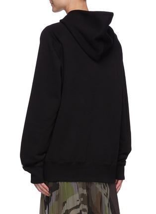 背面 - 点击放大 - SACAI - X KAWS中性款品牌名称纯棉连帽卫衣