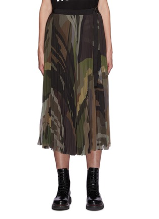 首图 - 点击放大 - SACAI - X KAWS腰带迷彩图案百褶雪纺半裙