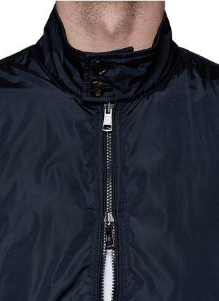 细节 - 点击放大 - MONCLER - HERNEST层次拼贴两面穿夹克