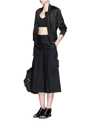 模特示范图 - 点击放大 - RAG & BONE - ELLIS羊毛七分长阔腿裤