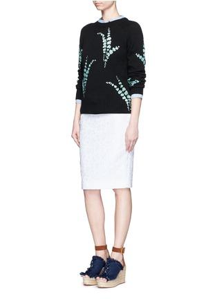 模特儿示范图 - 点击放大 - DRIES VAN NOTEN - 亮片花卉造型羊绒针织衫