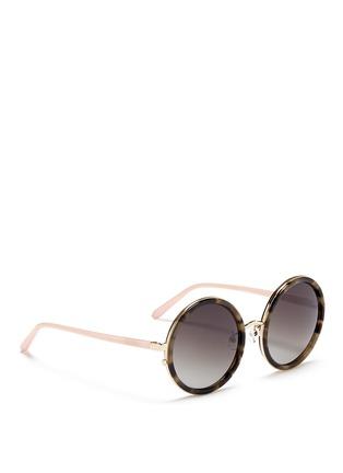 模特儿示范图 - 点击放大 - MATTHEW WILLIAMSON - 琥珀纹圆框太阳眼镜
