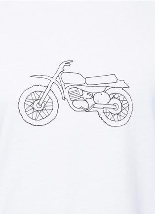 细节 - 点击放大 - RAG & BONE - 摩托车印花纯棉T恤