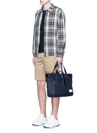 模特儿示范图 - 点击放大 - nanamica - 格纹纯棉夹克