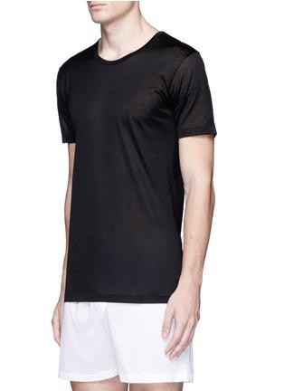 模特儿示范图 - 点击放大 - ZIMMERLI - 252 ROYAL CLASSIC纯棉圆领内衣