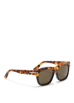 模特儿示范图 - 点击放大 - VALENTINO - Valentino Garavani拼色大方框太阳眼镜