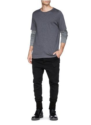 模特儿示范图 - 点击放大 - HELMUT LANG - 侧口袋纯棉休闲长裤