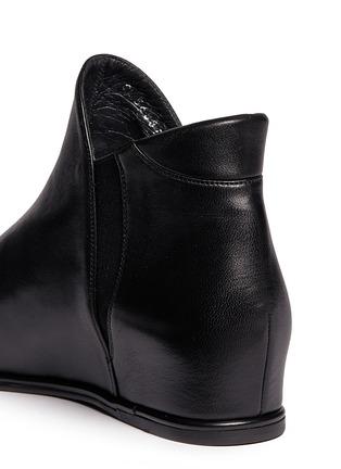 细节 - 点击放大 - STUART WEITZMAN - LOWKEY真皮坡跟踝靴