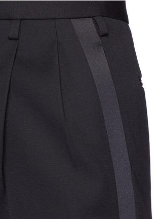 细节 - 点击放大 - SAINT LAURENT - 缎面条纹拼接九分裤