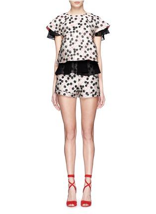 模特儿示范图 - 点击放大 - GIAMBA - 拼色樱桃提花双层设计上衣