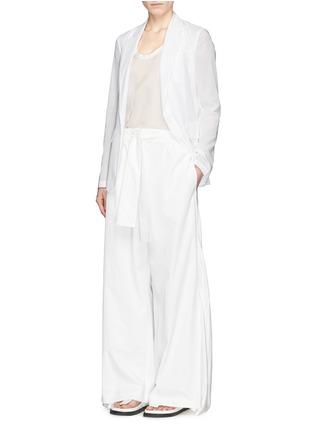 模特示范图 - 点击放大 - THEORY - GRINSON纯棉透薄西服外套