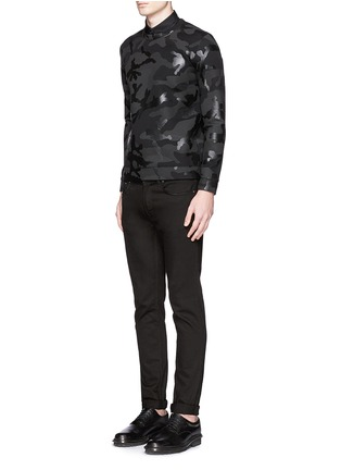 模特儿示范图 - 点击放大 - VALENTINO - 涂层迷彩太空棉卫衣