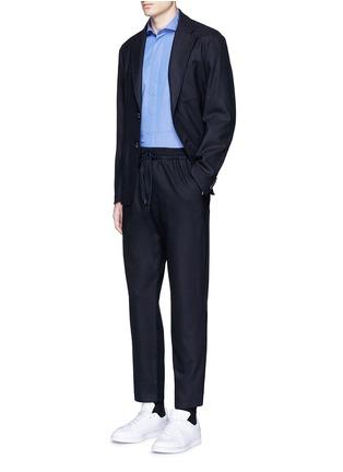 模特儿示范图 - 点击放大 - BARENA - 抽绳羊毛及踝裤