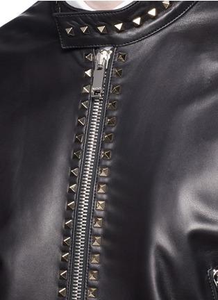 细节 - 点击放大 - Valentino - 铆钉装饰羊皮外套