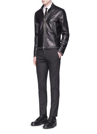 模特儿示范图 - 点击放大 - VALENTINO - 铆钉装饰羊皮外套