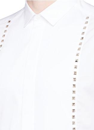 细节 - 点击放大 - Valentino - 条纹拼贴铆钉纯棉衬衫