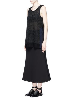 模特儿示范图 - 点击放大 - JINNNN - 波浪纹理针织纯棉上衣