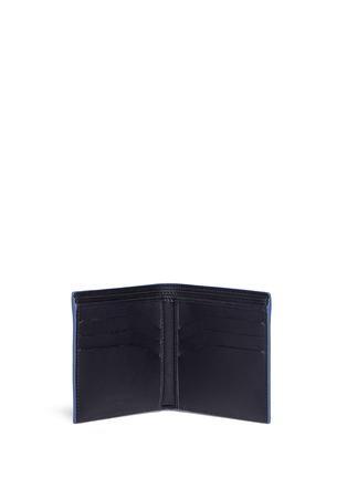 模特儿示范图 - 点击放大 - BALENCIAGA - 镂空品牌标志真皮折叠钱包