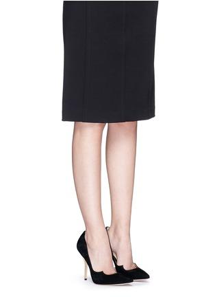 模特儿示范图 - 点击放大 - PAUL ANDREW - ZENADIA 24k镀金细跟绒面皮高跟鞋